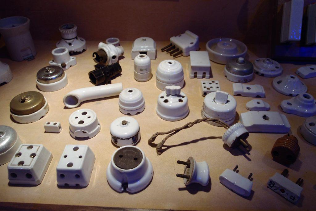 Interrupteurs porcelaine